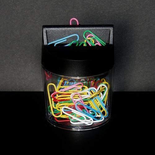 Spinacz biurowy kolorowy w pudełku magnetycznym 28mm 100szt.